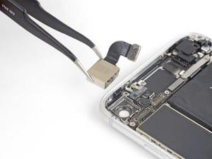 Remplacement caméra arrière Apple iPhone SE 2020